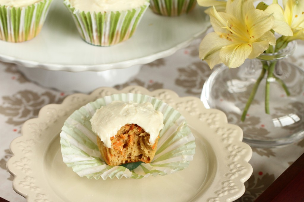 Low Carb Carrot Cupcakes {Satisfy My Sweet Tooth}