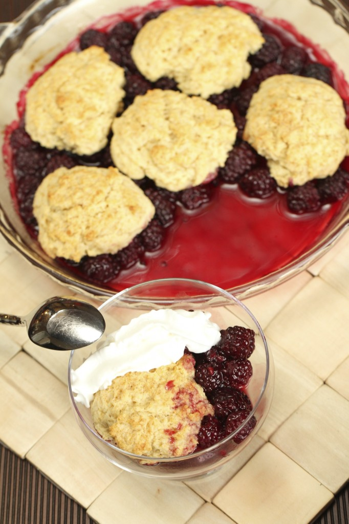 Cornmeal Blackberry Cobbler {Satisfy My Sweet Tooth}