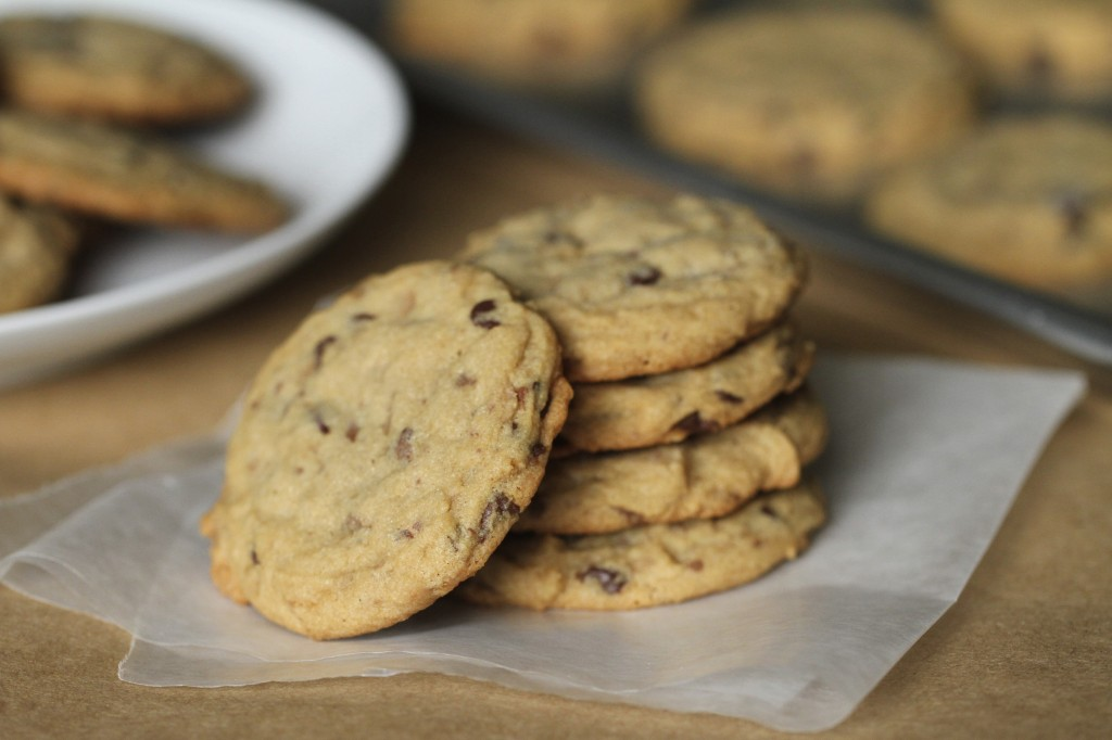 Satisfy my sweet tooth blog archive toffee chocolate chip cookies satisfy my sweet tooth for Better homes and gardens chocolate chip cookies